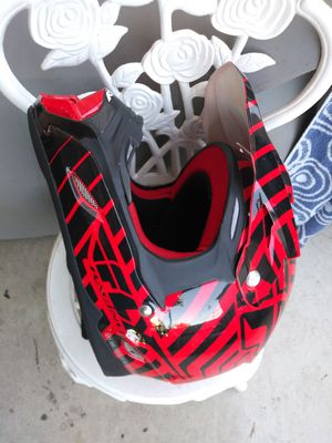 Off road quad dirt bike helmet like new XL Perfect size for adults for Sale in Rialto, CA