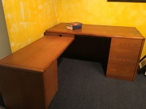 Solid oak desk with left return and 4-drawer credenza for Sale in Schoolcraft, MI