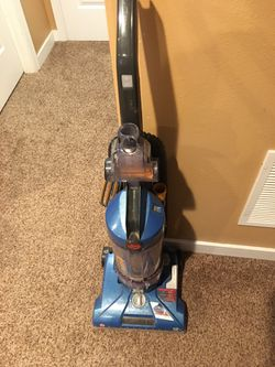 Hoover Vacuum Cleaner. Great 4 Pets W/ Manual And All Attachments  for Sale in Spokane, WA
