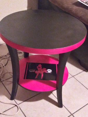 Marilyn Monroe custom made hot pink n black side table for Sale in Tulsa, OK