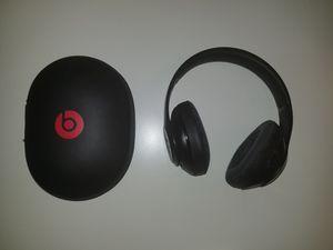 Beats by dre Studio 2 wireless for Sale in Altamonte Springs, FL