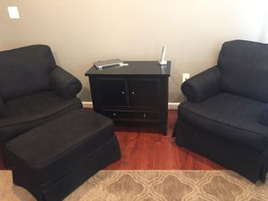 Set of black chairs and ottoman for Sale in Ashburn, VA