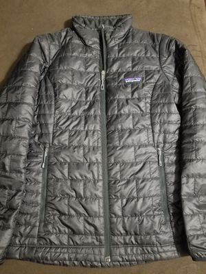 Patagonia women's nano puff jacket for Sale in Phoenix, AZ