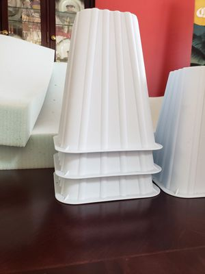 Mattress Topper and bed Risers for Sale in Murfreesboro, TN