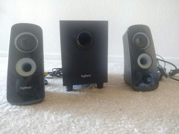 Logitech 2.1 speaker system (Z323) with subwoofer Condition - Like New