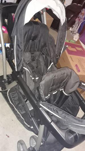 Graco double stroller for Sale in Bakersfield, CA