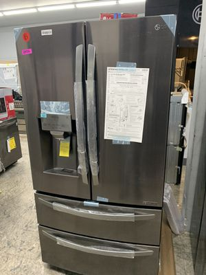 LG 4 door in black stainless new 2019 for Sale in Chula Vista, CA