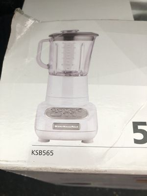 New in box Kitchen Aid blender... for Sale in Durham, NC
