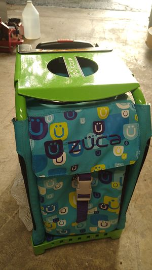 Zuca rolling bag Green/Teal for Sale in Miami, FL