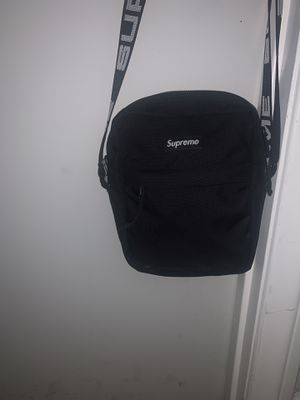 Supreme shoulder bag SS18 for Sale in Santa Ana, CA
