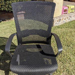 Mesh sleigh Office / Desk chair for Sale in Hacienda Heights, CA