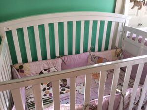 Baby Crib 3-1 with changing table for Sale in Lexington, KY