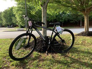 Mongoose Excursion Men's Mountain Bike, 29 inch wheels, 21 speeds, black / white for Sale in College Park, GA