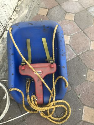 Free swing for Sale in Rancho Cucamonga, CA