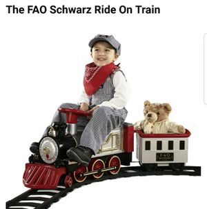 FAO Schwarz Ride on train âge 3+ brand new in box for Sale in Westborough, MA