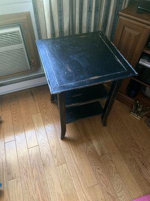 Black rustic side table for Sale in Meriden, CT