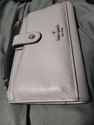 New kate spade wallet for Sale in Ewa Beach, HI