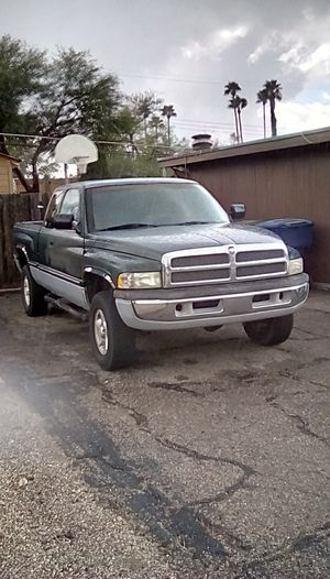 1995 Dodge ram 1500 4x4 for Sale in Tucson, AZ