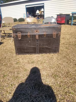 Steamer trunk for Sale in Williamston, NC