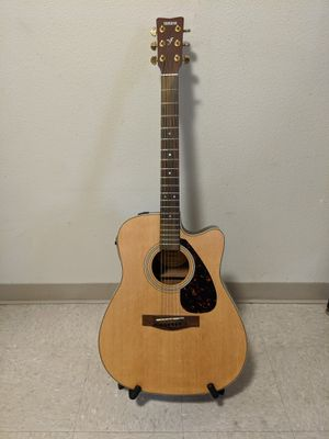 Yamaha Acoustic-Electric Guitar 6 String for Sale in LEWIS MCCHORD, WA