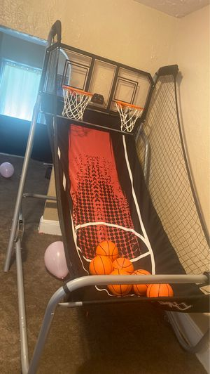 Basketball hoop for Sale in Garfield Heights, OH