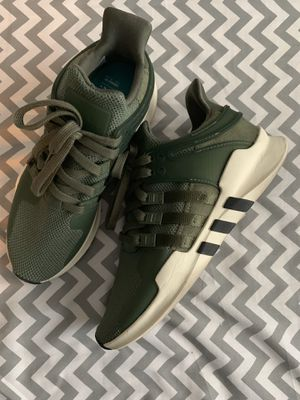 Adidas size 7 women's for Sale in North Las Vegas, NV