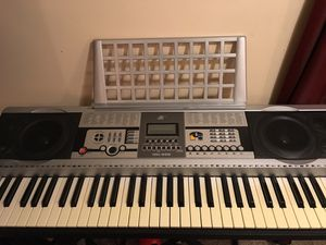 Yamaha MK-22 61 key w/ stand for Sale in Ada, OH