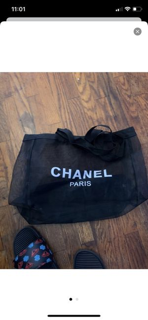 Chanel tote shopping bag for Sale in Los Angeles, CA