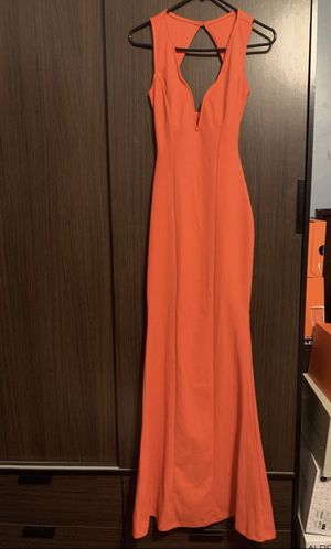 Windsor long dress / prom dress for Sale in Covina, CA