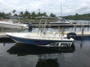 Sea Pro Excellent Condition Center Console very clean boat for Sale in Miami, FL