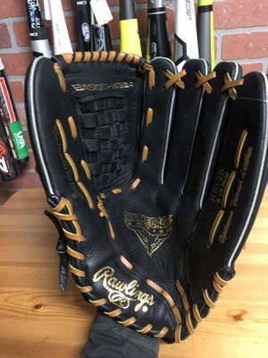 "Rawlings Renegade 13.5"" softball glove for Sale in Falls Church, VA"