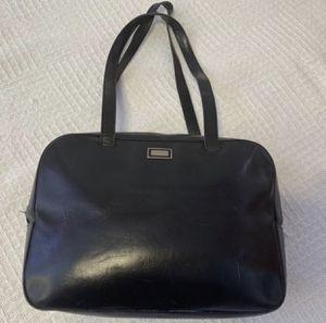 Burberry black leather shoulder bag for women for Sale in Las Vegas, NV