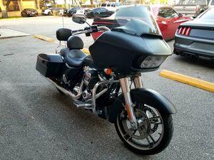 2017 Harley-Davidson FLTRXS ROAD GLIDE SPECIAL for Sale in San Antonio, TX