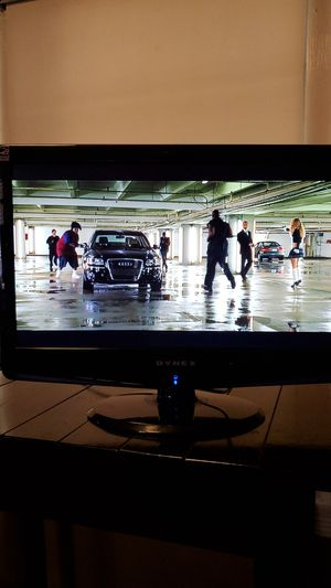 "22"" TV w/DVD player for Sale in Montgomery, AL"