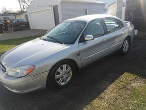 03 Ford Taurus for Sale in Cleveland, OH