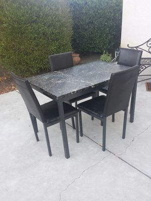 Table and 4 Chairs Marble Looking Table Top for Sale in Clovis, CA