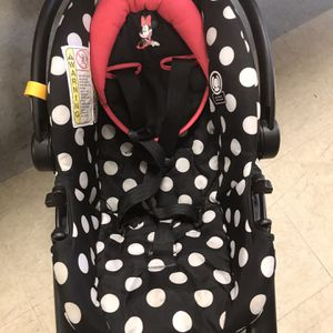 Minnie Mouse Carrier For Car for Sale in Clearwater, FL