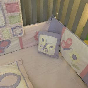 10 piece crib set for Sale in Land O' Lakes, FL