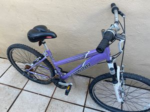 Used bike rusty but can be clean for Sale in West Park, FL