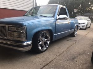 1997 chevy silverado shord bed for Sale in Aurora, IL
