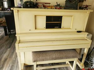 Self Playing Antique Piano for Sale in Westminster, CA