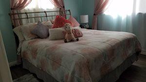 Calk king bedroom set for Sale in Patterson, CA