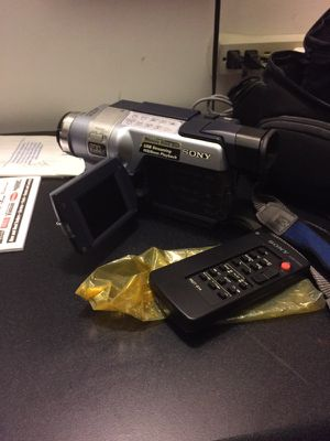 Sony video camera for Sale in Pittsburgh, PA