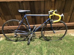 54cm Team Fuji Road Bike for Sale in Plano, TX