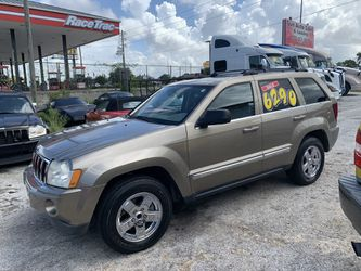 2006 Grand Cherokee - Hemi 5.7 for Sale in New Port Richey,  FL