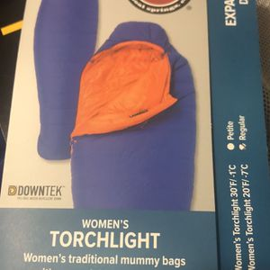 Women's Big Agnes Down Sleeping Bag 30° NEW for Sale in Woodway, WA
