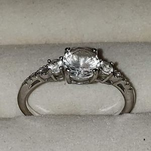 Wedding ring for Sale in Harlem Springs, OH