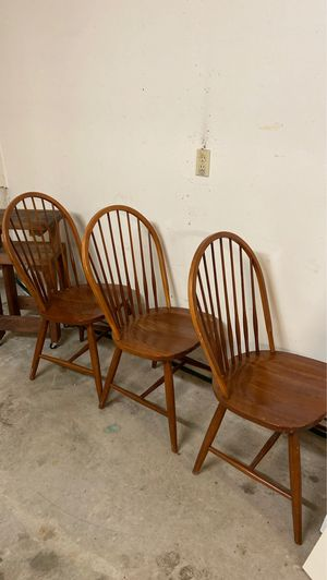 FREE chairs for Sale in Troutdale, OR
