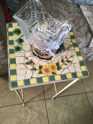 Small table for Sale in Highland, CA