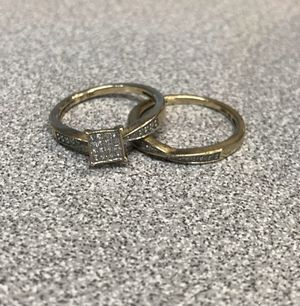 10K Yellow Gold Princess Style Diamond Engagement Ring & Wedding Band Size: 7 for Sale in Winston-Salem, NC